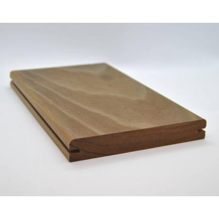 Holzmuster Kebony Clear Terrassendiele 22x142 Seitennut