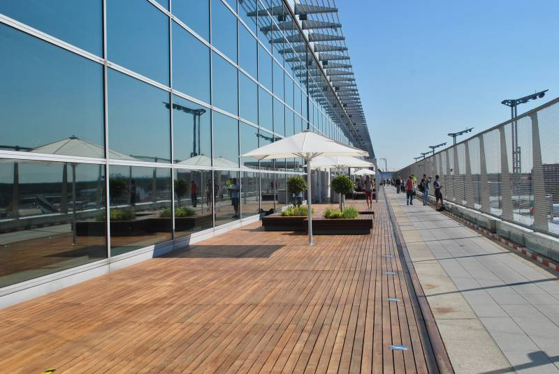 Besucherterrasse Terminal 2